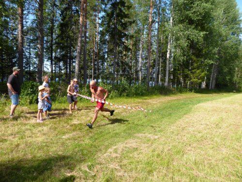 Arrangören Antti i mål bland de främsta